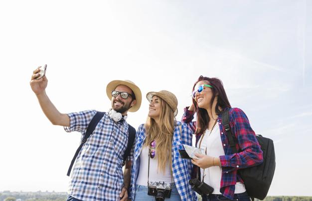 Viaja con amigos o familiares